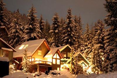 kışın ahşap ev